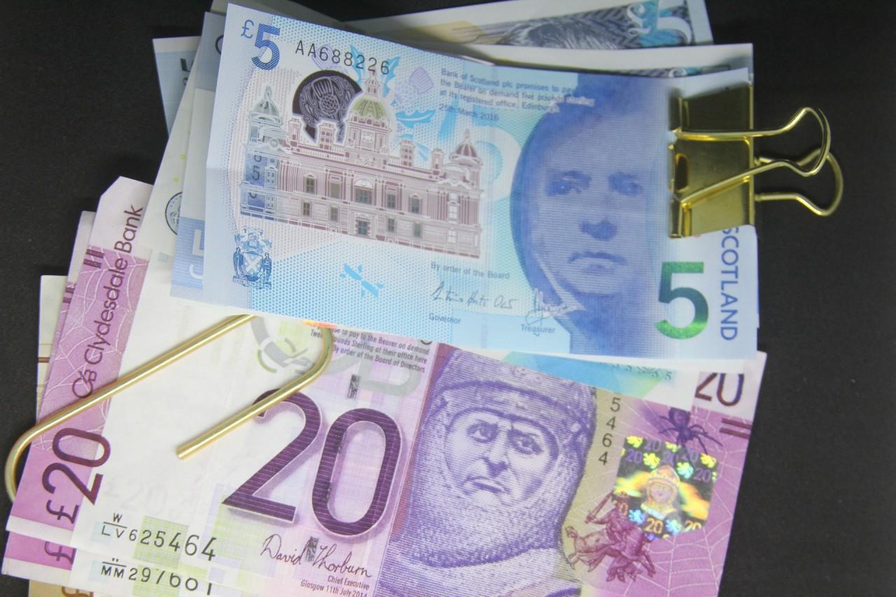 paper-money-2078084_1920